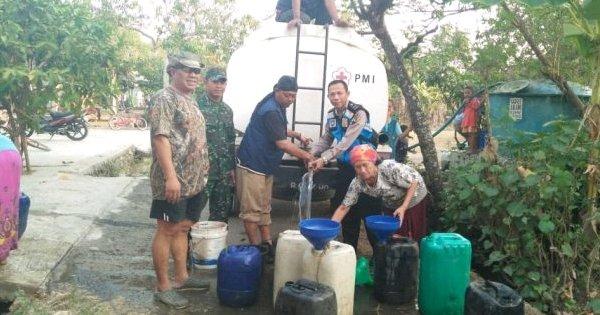 Atasi Kekeringan di Pucakwangi Pati, TNI dan Polri Gandeng Relawan